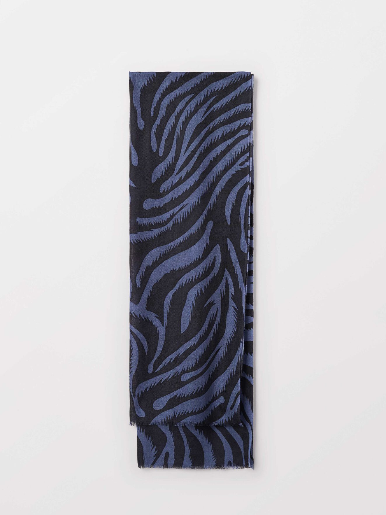 Sada Scarf in Print from Tiger of Sweden