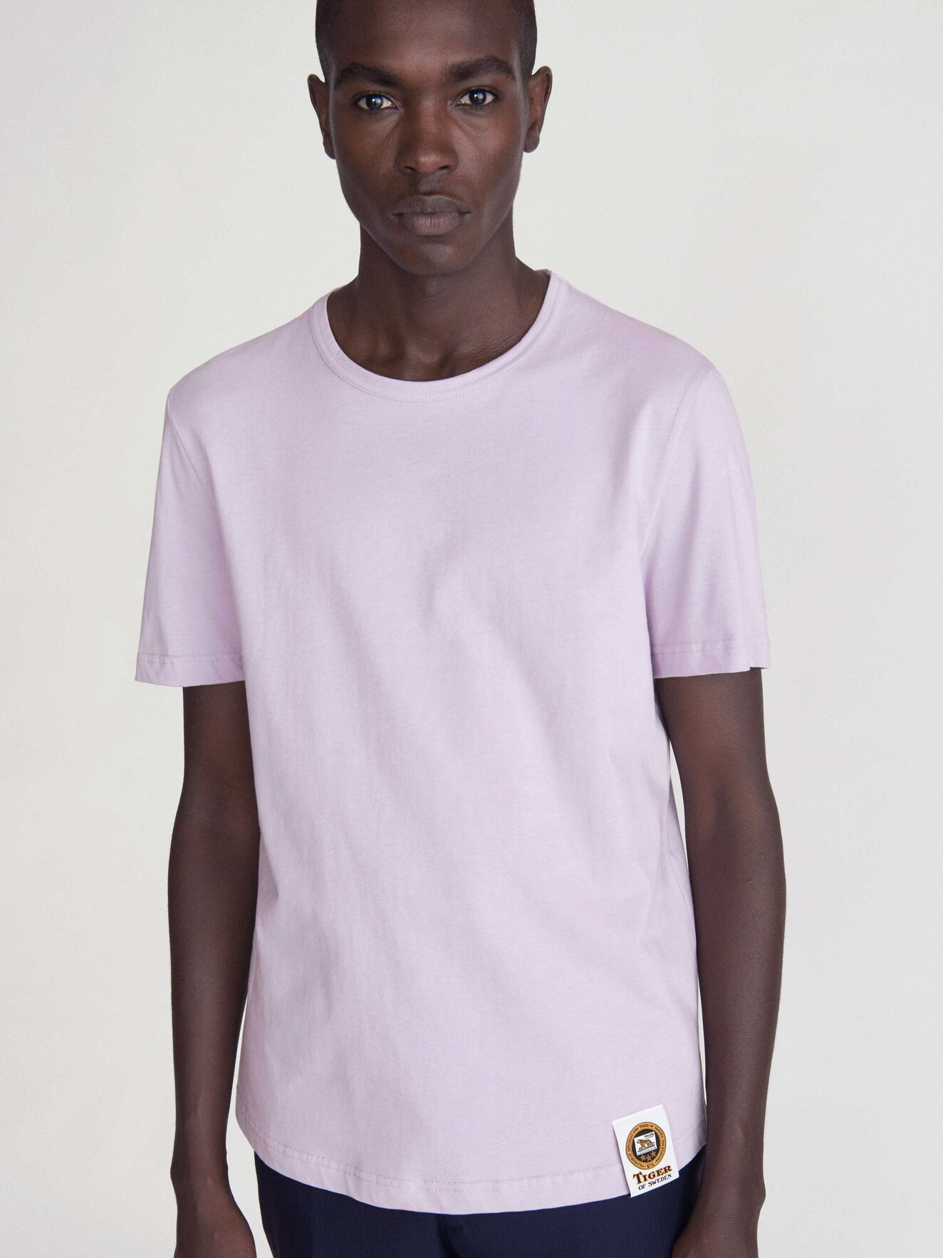 Darian T-Shirt in Purple Air from Tiger of Sweden