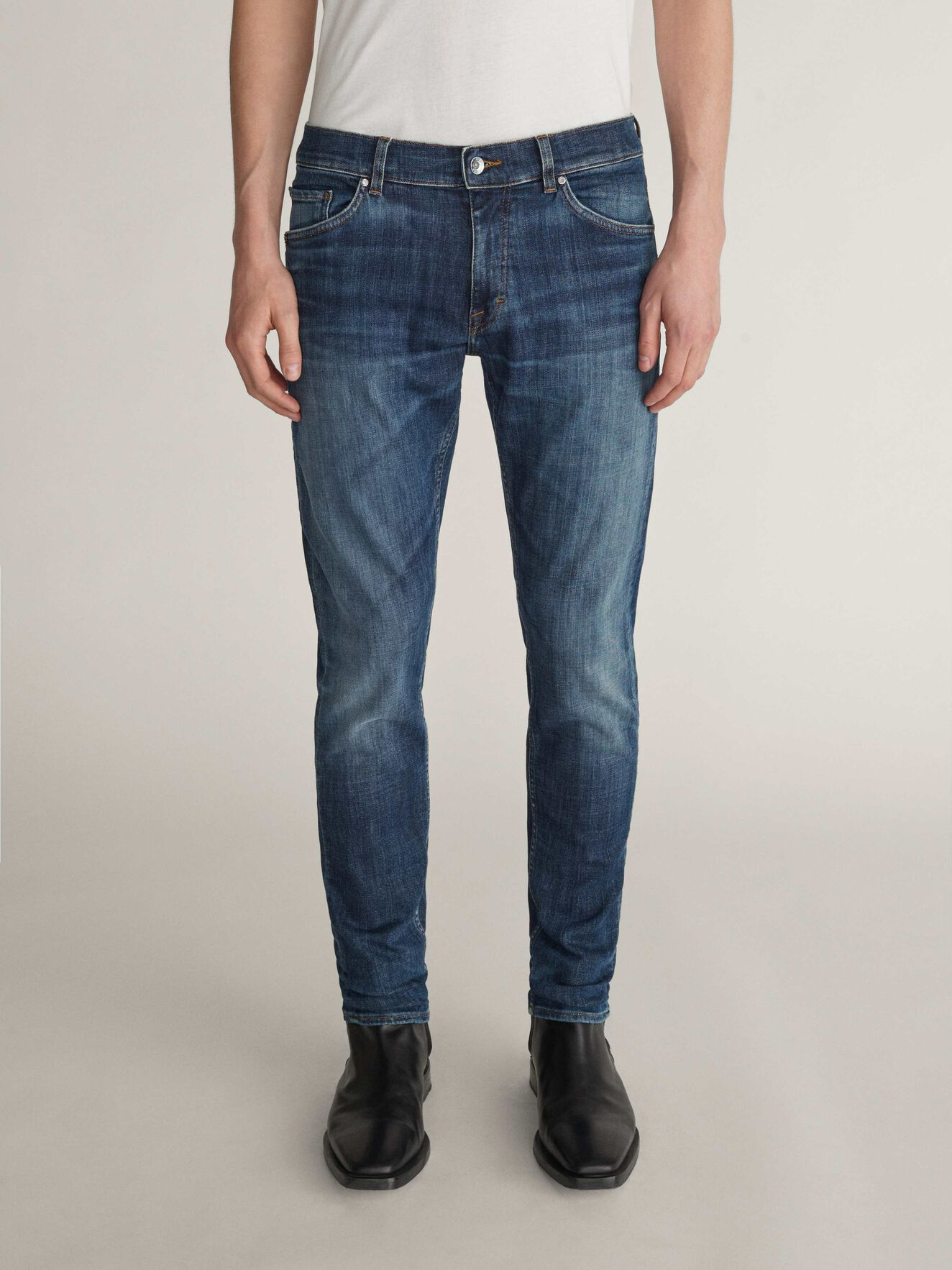 Evolve Jeans in Royal Blue from Tiger of Sweden