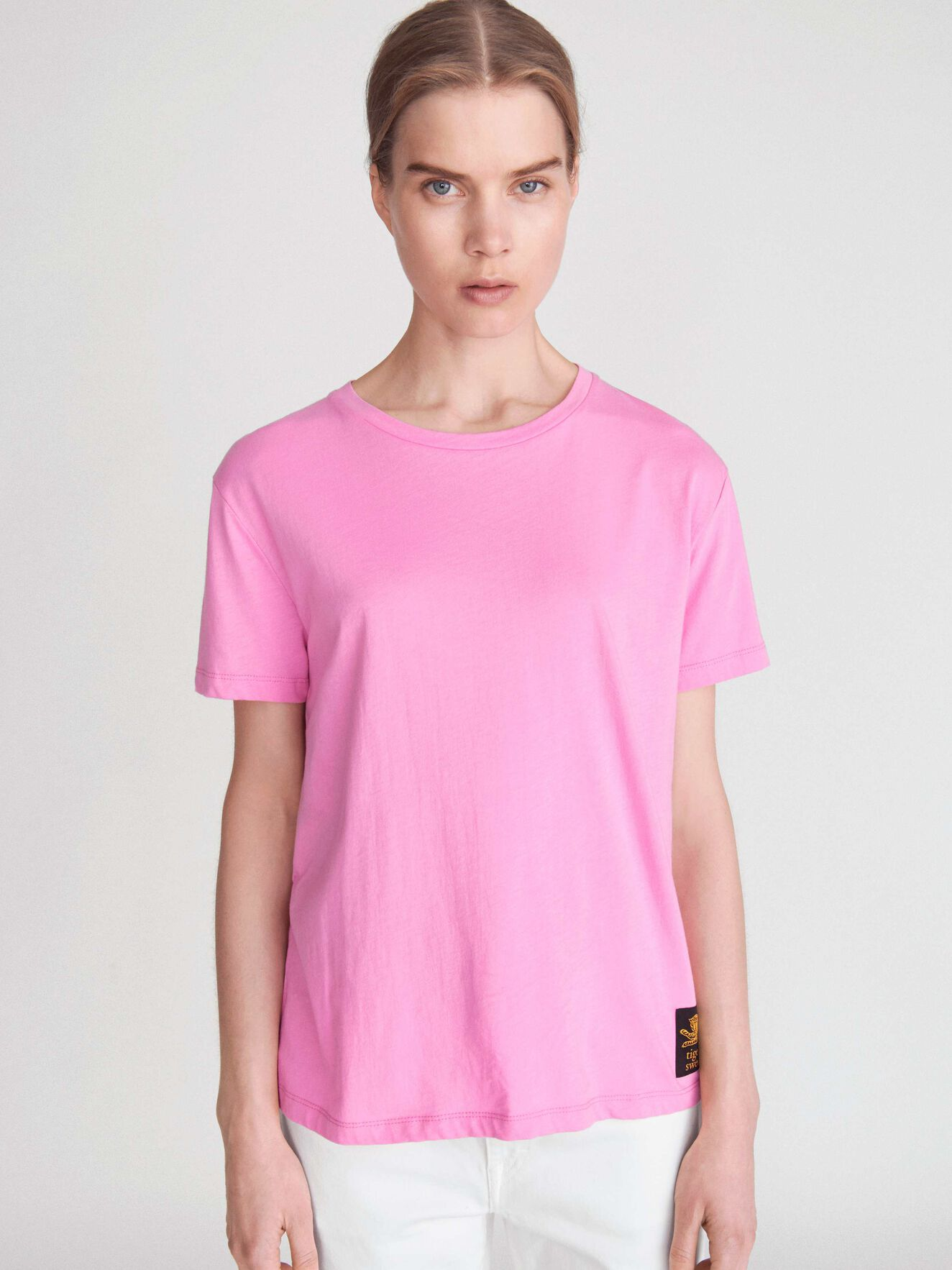 Dawn T-Shirt in Pink from Tiger of Sweden