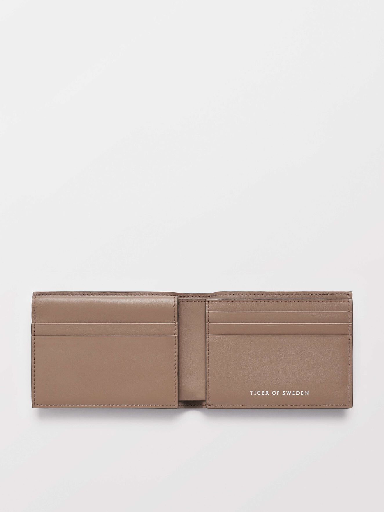 Agata 2 Wallet in Macchiato from Tiger of Sweden