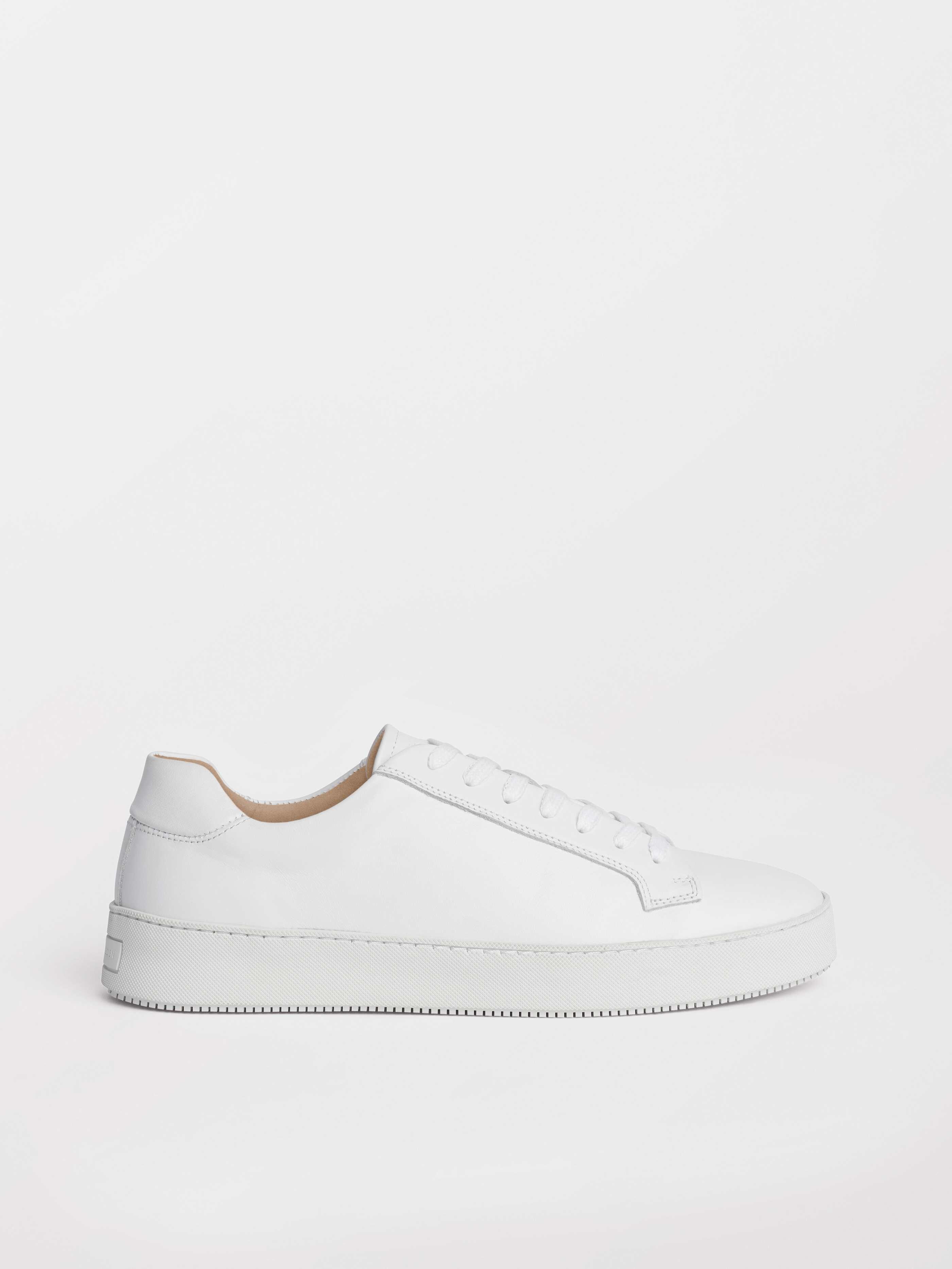 Salasi L Sneakers - Köp Shoes online