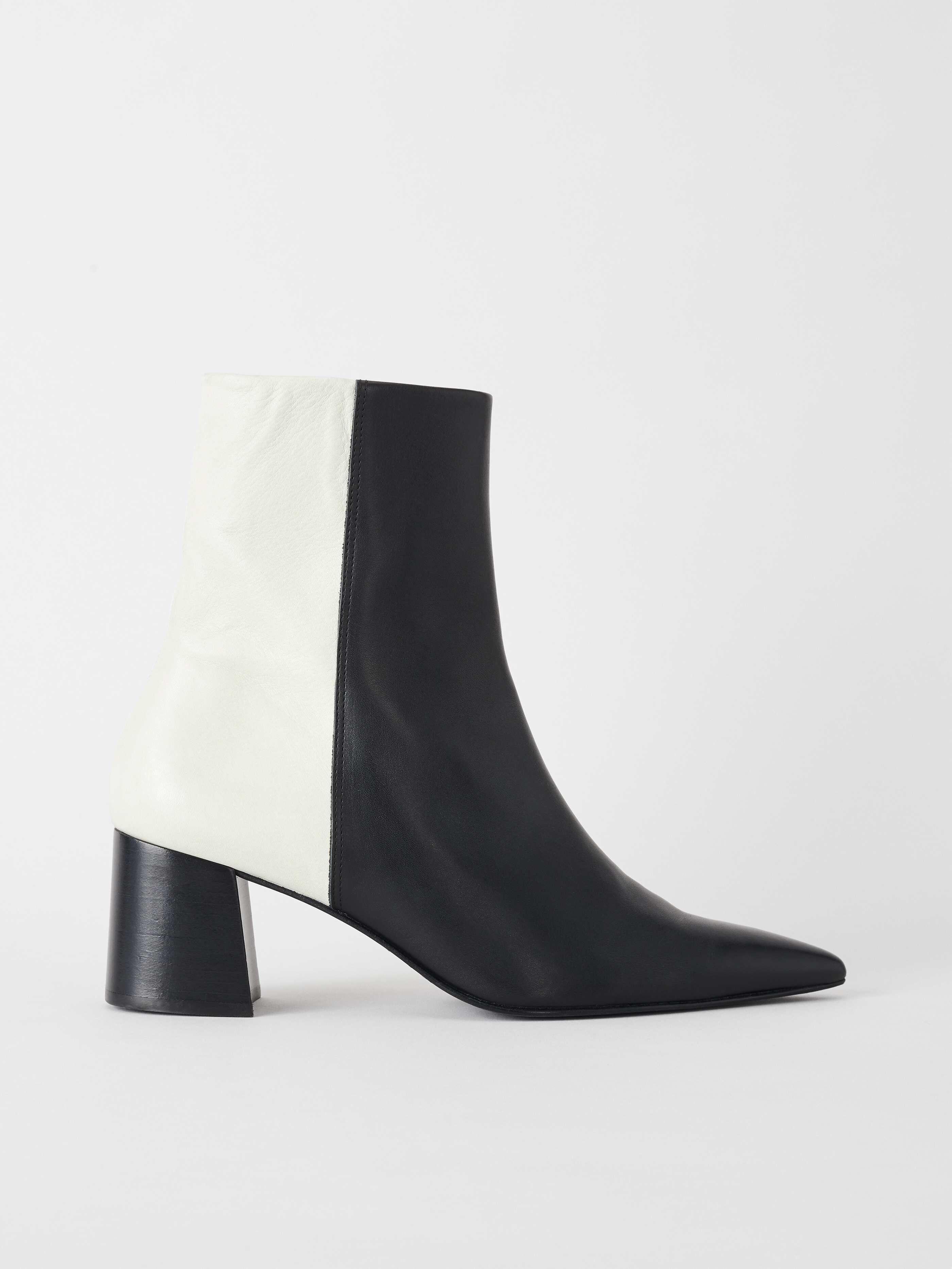 Shoes - Shop women's designer shoes online at Tiger of Sweden