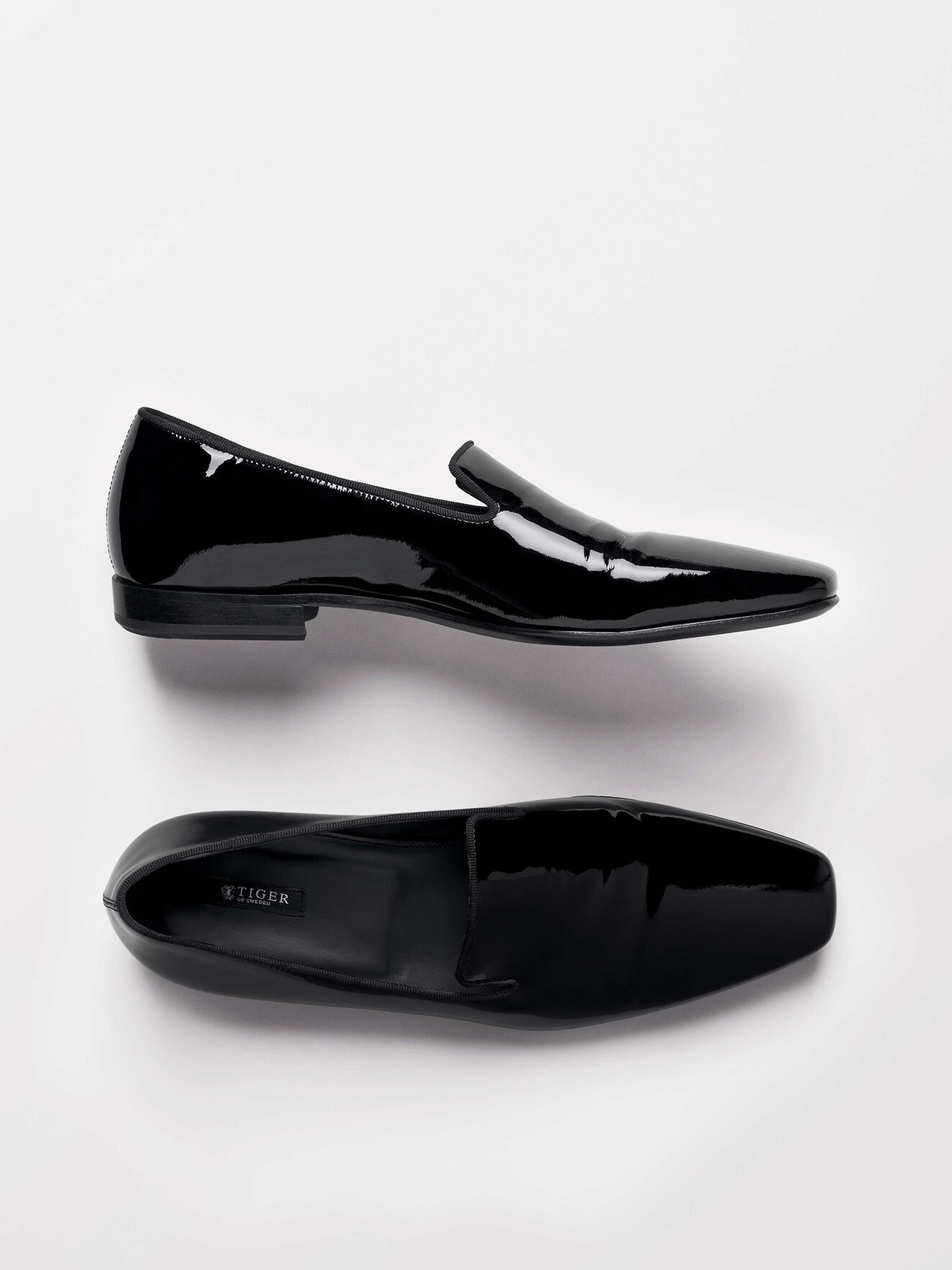 Sartor Loafers in Black from Tiger of Sweden