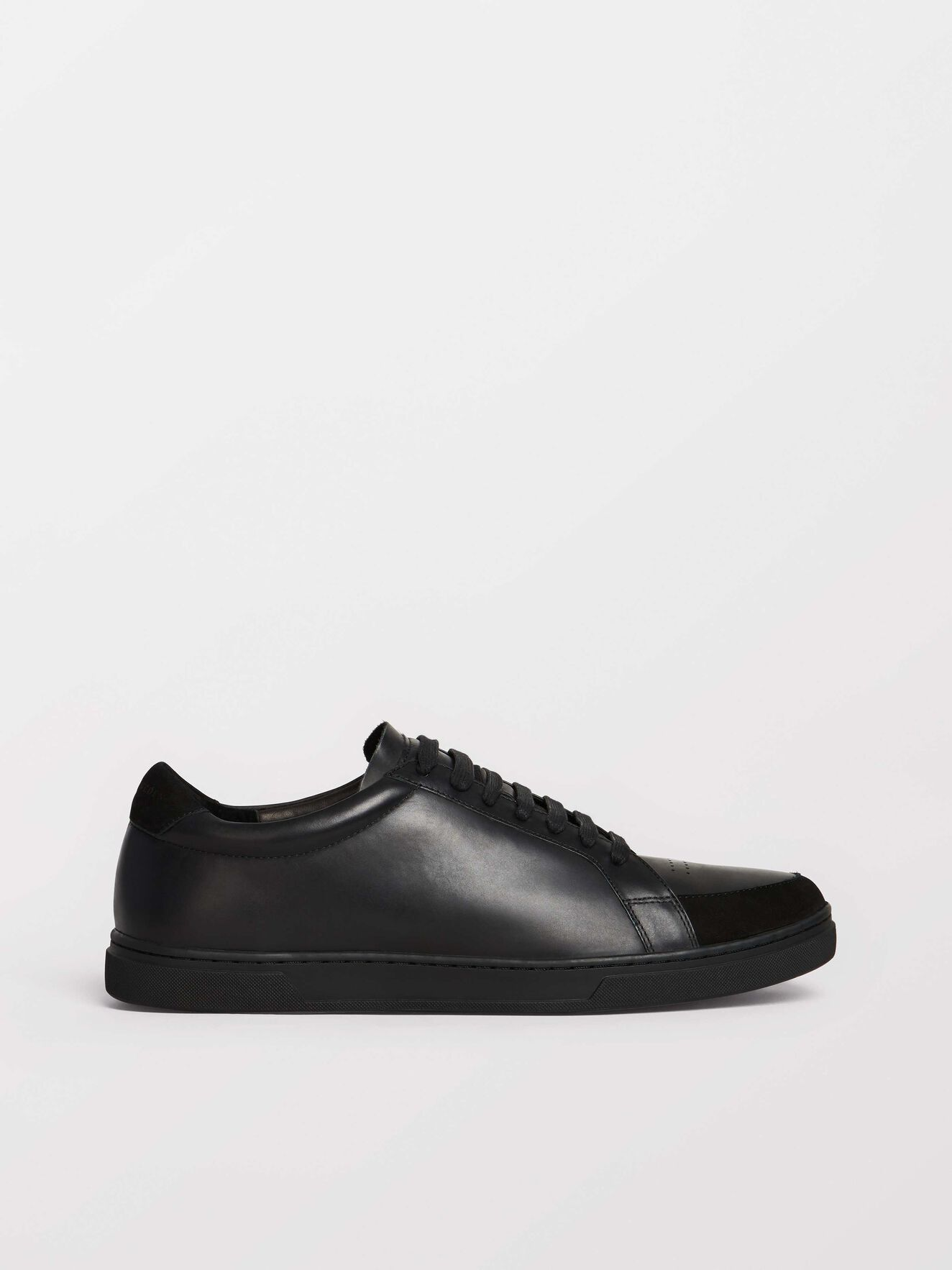 Arne Sneaker in Black from Tiger of Sweden