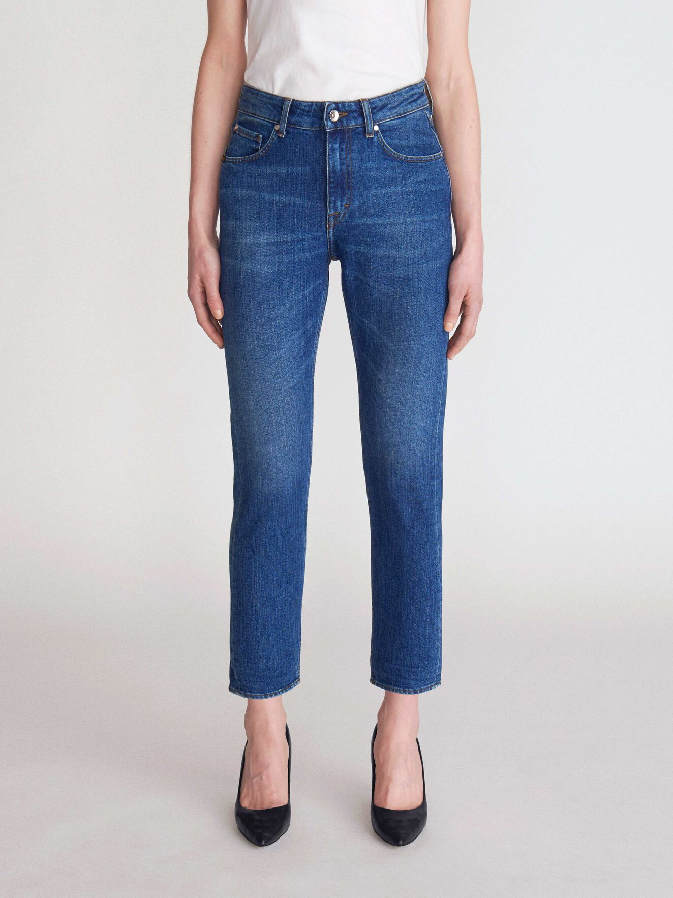 Lea Jeans in Medium Blue from Tiger of Sweden