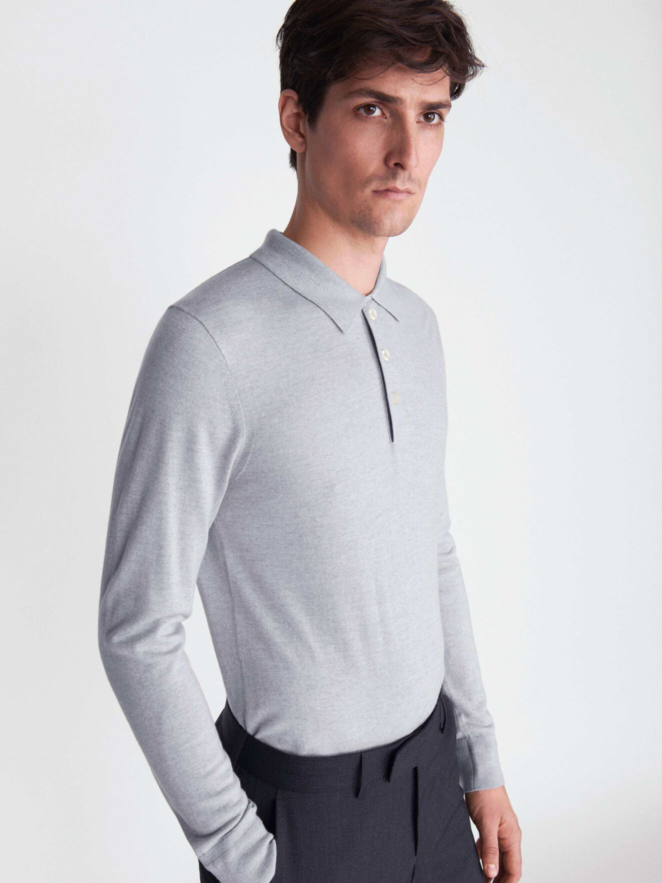 Newton Pullover in Light grey melange from Tiger of Sweden