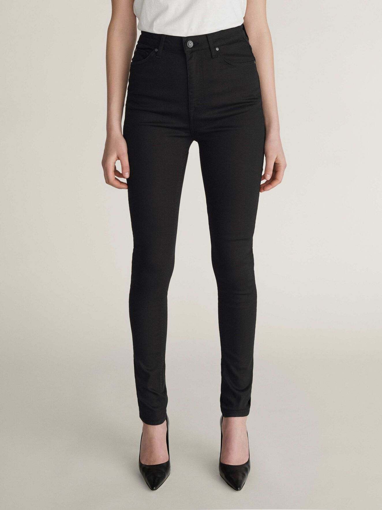 Sandie Jeans in Black from Tiger of Sweden