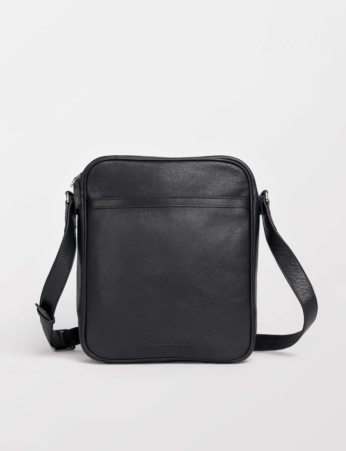 Marqo Tasche in Black from Tiger of Sweden