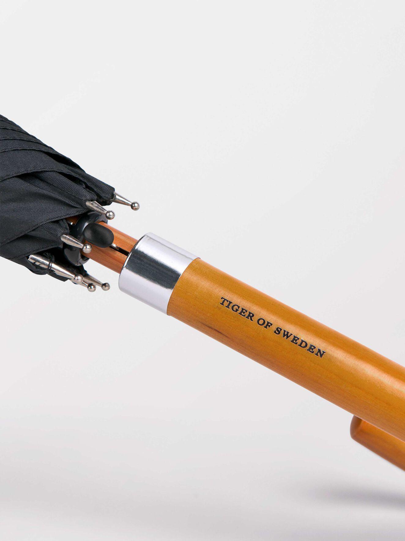 Bertram Umbrella  in Black from Tiger of Sweden