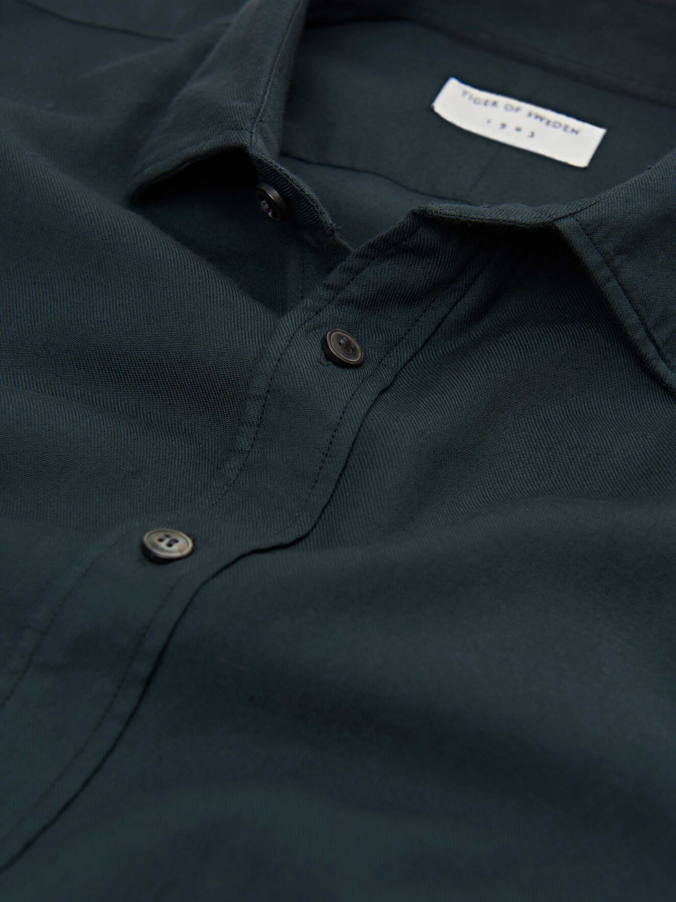 Fridolf Shirt in Scarab Green from Tiger of Sweden