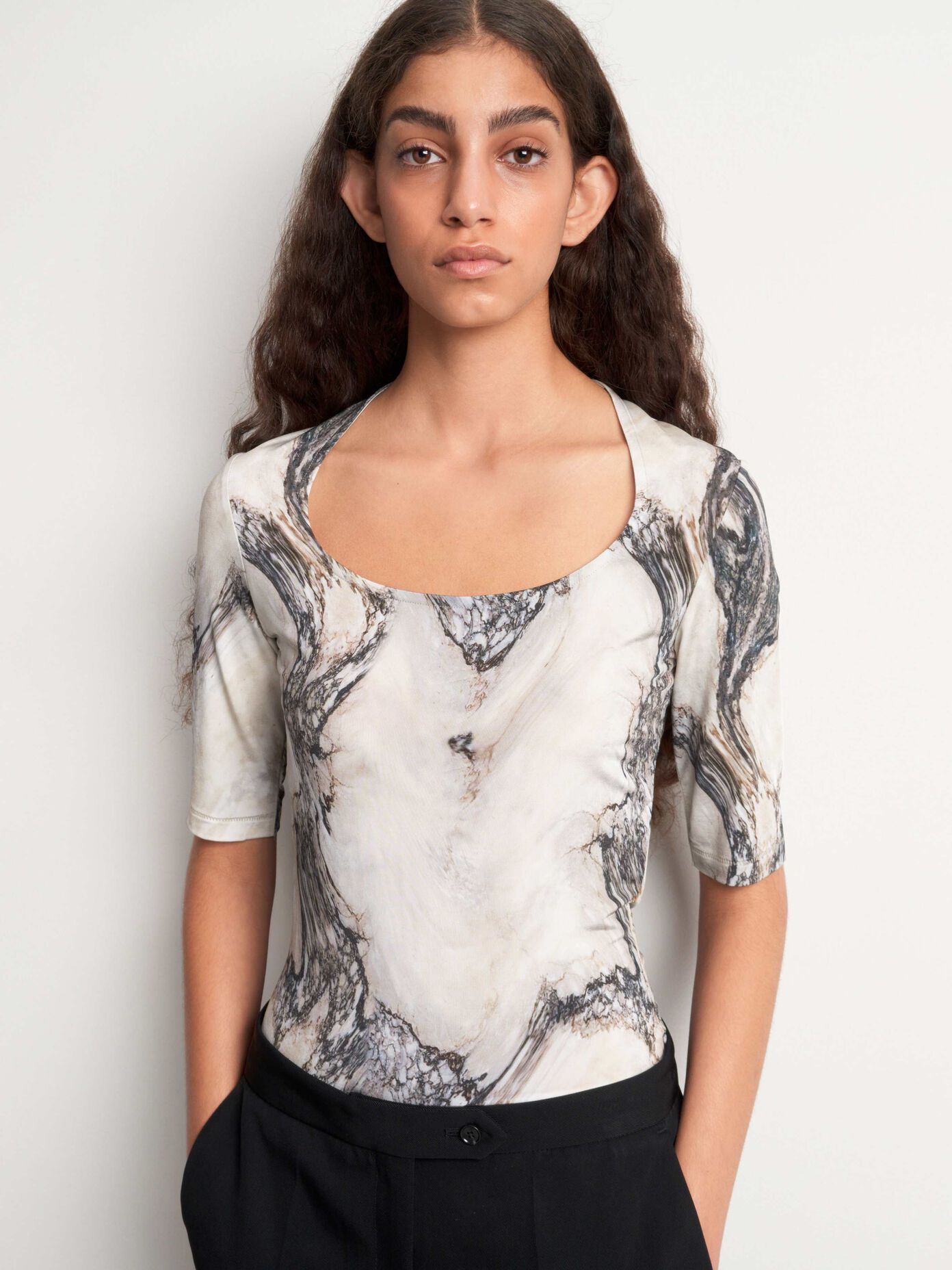 Idyllwind Women/'s Sweet Tea Floral Lace Tank Top Blouse Black IH18W4